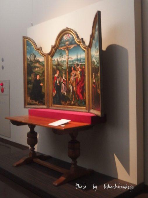 ヨース・ファン・クレーフェ「三連祭壇画:キリスト磔刑」国立西洋美術館所蔵