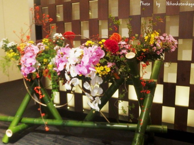 きものサローネin日本橋 入り口の花