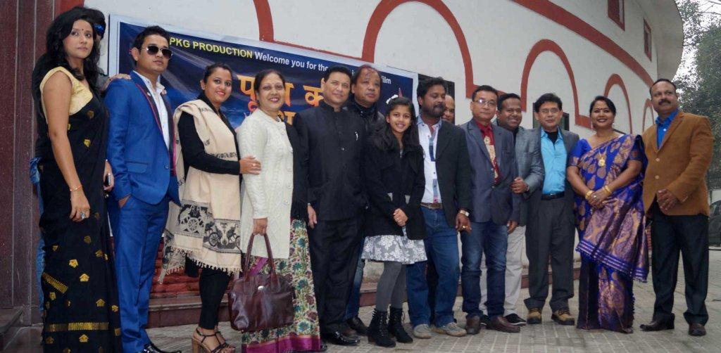 Director-producer, artistes, technicians among others after 'Purab Ki Awaz's special show in New Delhi