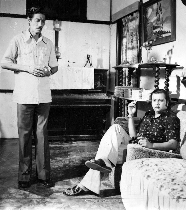 Hemanta Dutta with Abdul Mazid in 'Upapath'