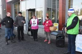 Vaalitilaisuuteen saapui viisi levikkialueen ehdokasta: Kari Kulmala (kuvassa vas.), Kari Pitkänen, Satu Melkko, Eveliina Eronen ja Eero Reijonen.
