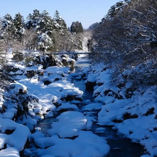 x-t4で撮影の冬の厳美渓の写真