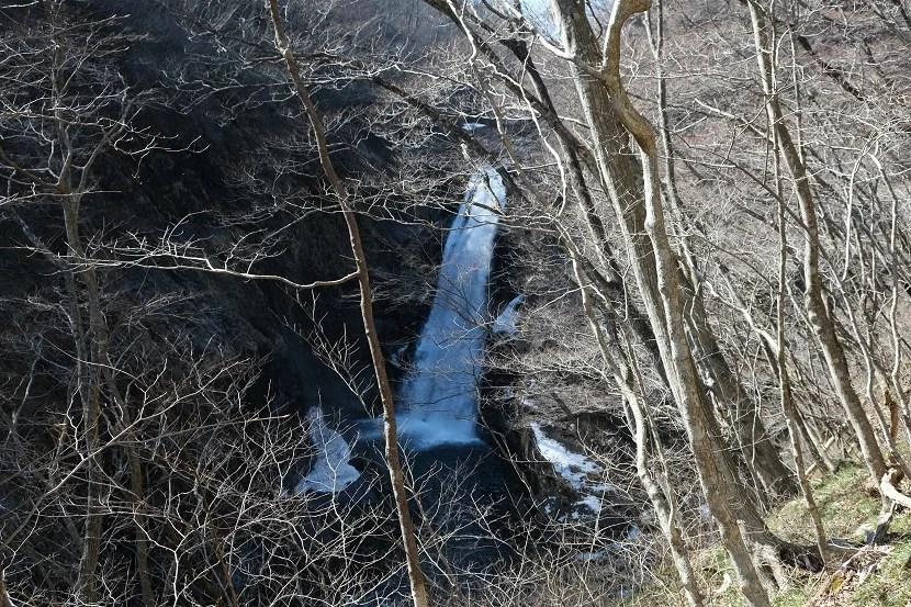 3月の秋保大滝の写真