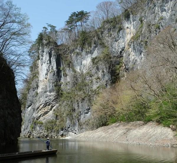 猊鼻渓の春の風景写真