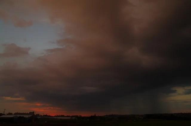 ゲリラ豪雨のイメージ写真