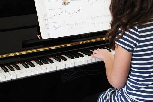 習い事 ピアノ