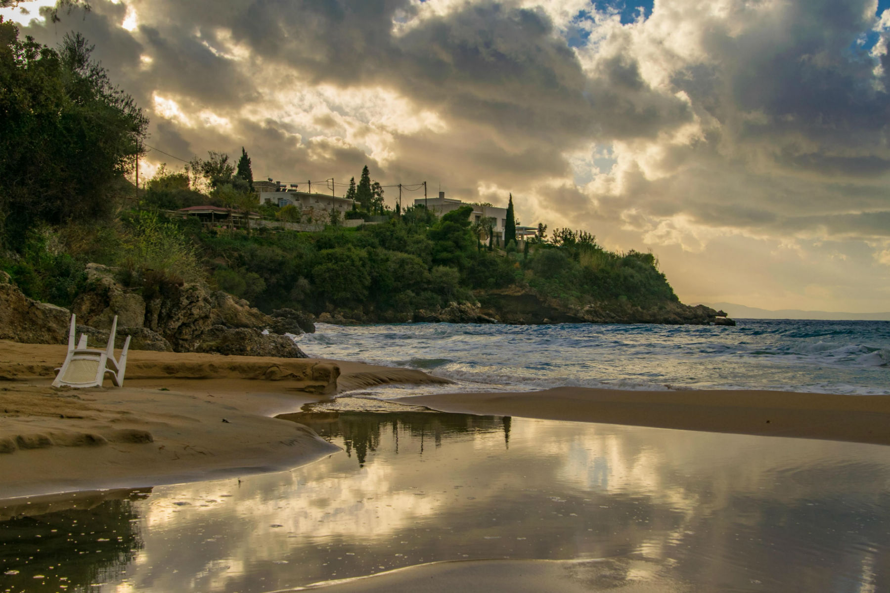 Bad weather in Greece? Paradise for photographers