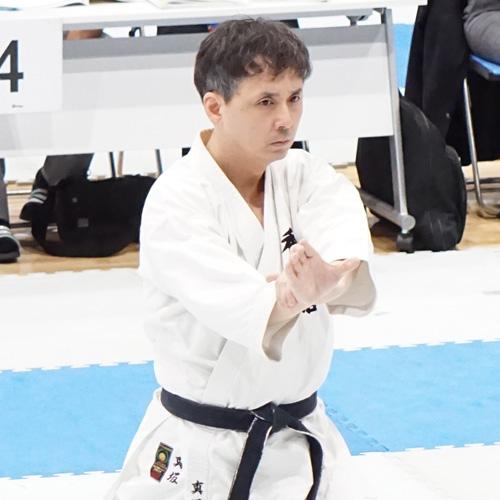 香武館指導員の真坂先生