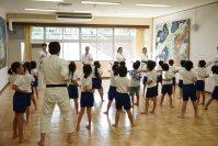 オリンピック・パラリンピック教育のため地域の小学校で特別授業を行いました。