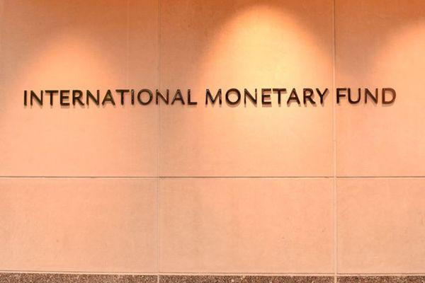 ΔΝΤ: Δυσοίωνες προβλέψεις για Ελλάδα και παγκόσμια οικονομία λόγω πανδημίας