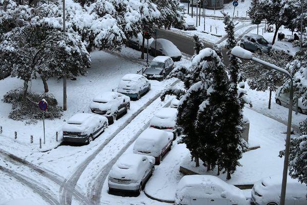 ΕΜΥ: Ο μεγαλύτερος χιονιάς της τελευταίας 40ετίας- Χιόνιζε 36 ώρες στην Αττική