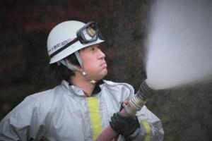 消防団中継訓練