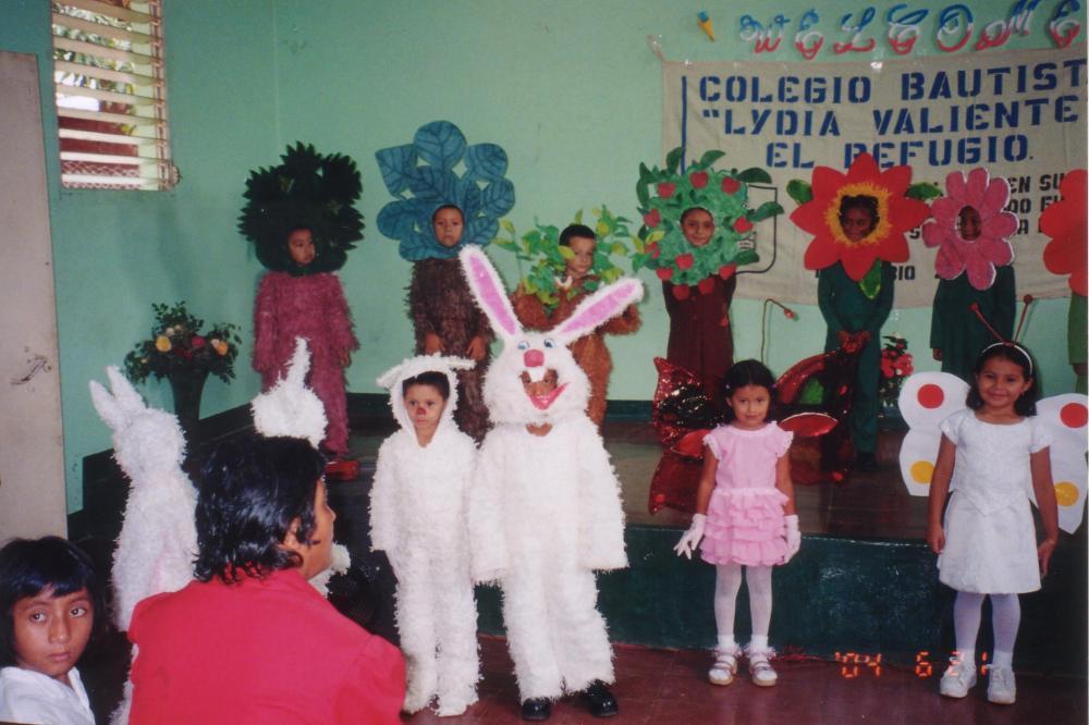 In Memorium: Colegio Bautista Lidia Valiente de El Refugio, Ahuachapán (3/6)
