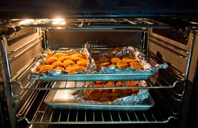 How to Cook Frozen Chicken Nuggets in Oven