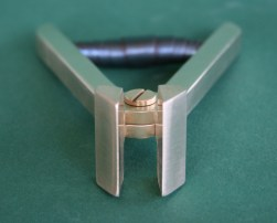 Dimitri's Bookbinding Corner - Brass band nippers v2.0 jaws a