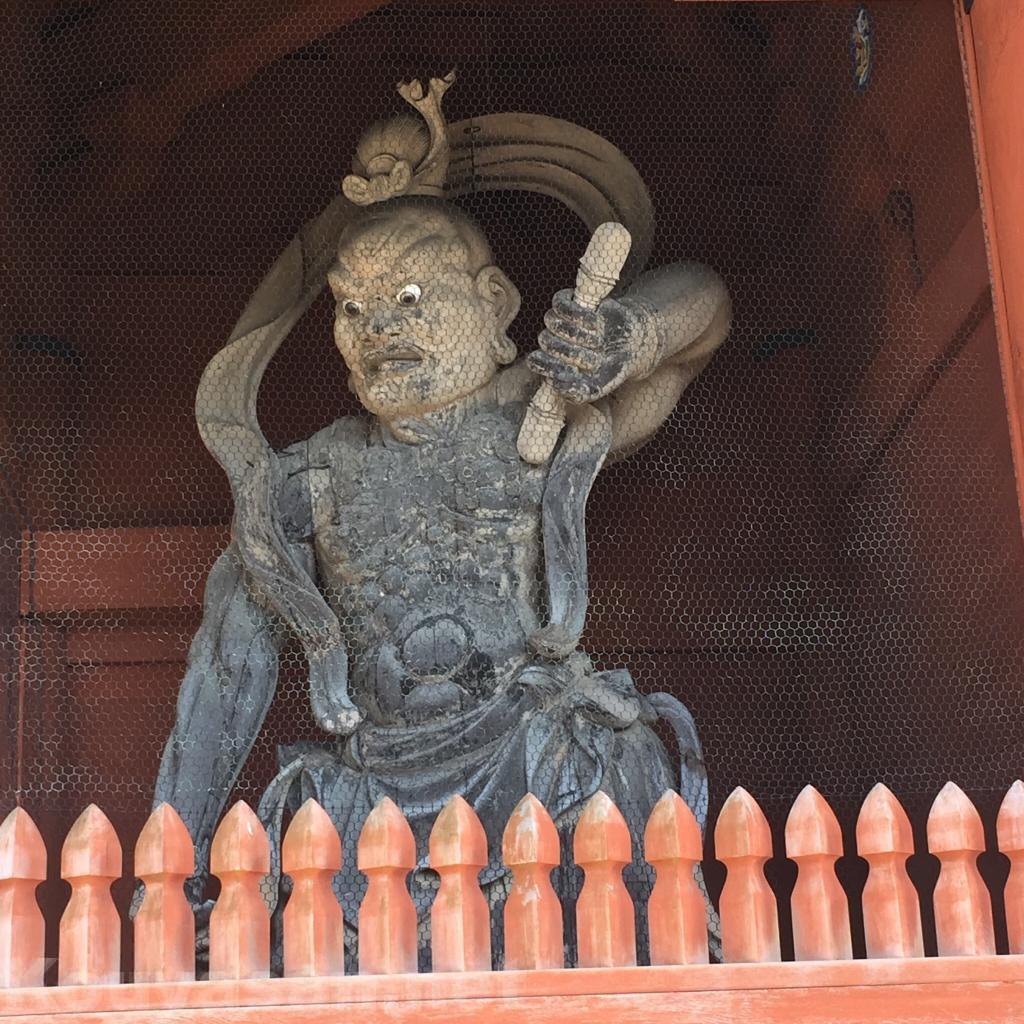 高野山大門金剛力士像(右)