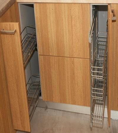 Συρόμενοι μηχανισμοί τροφοθήκης για την κουζίνα σας