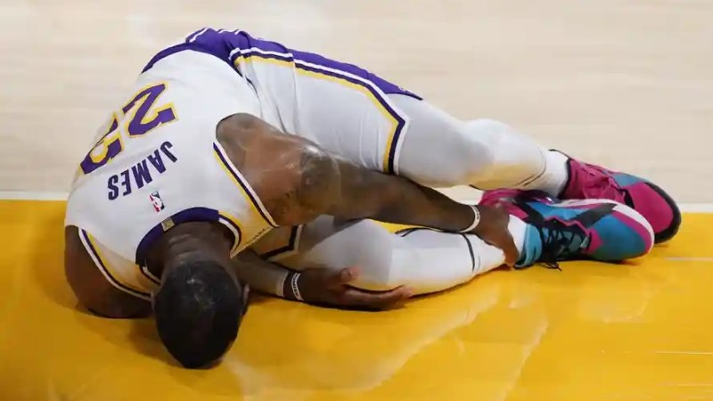 LeBron James out indefinitely with high ankle sprain