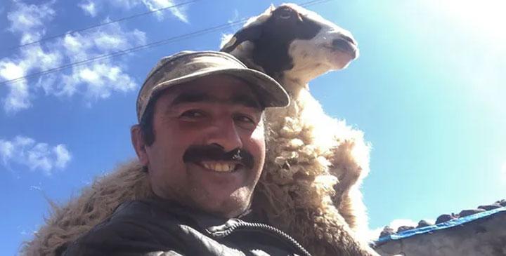 """Yetiştiricilerden, Milli Dayanışma Kampanyası'na """"koyun"""" bağışı"""