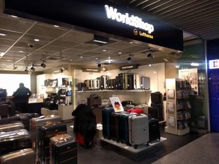 【リモワ×ルフトハンザ】スーツケースをフランクフルト空港でGETした話