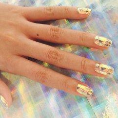 Neverovatan trend – Stakleni nokti – Akademija Purity