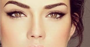 Šminka za oči sa spuštenim kapcima