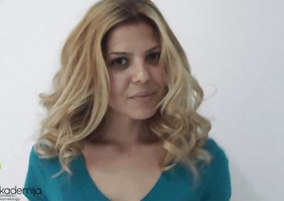 JELENA JOVANOVIĆ I STRUČNI TIM AKADEMIJE – promena boje i stilizovanje frizure