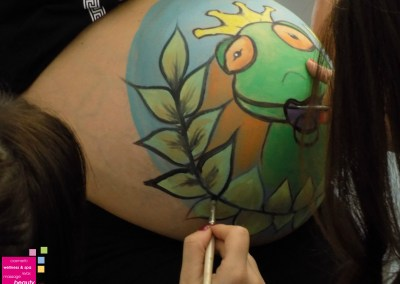 Body art – Baby bump