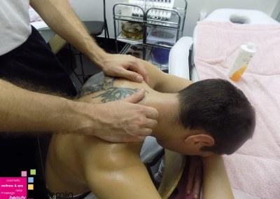 O CERVIKALNOM SINDROMU – nastava na kursu masaže II nivo
