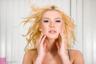 FABRIKA FOTOGRAFA, MISS SERBIA I AKADEMIJA PURITY – šminka i frizura za članice kompanije Miss Serbia