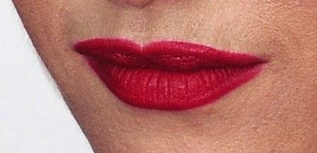 beauty-blogs-girls-in-the-beauty-department-OverdrawnLiplinerGS