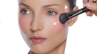 KAKAV EFEKAT DAJE RUMENILO? – neizostavan korak u šminkanju