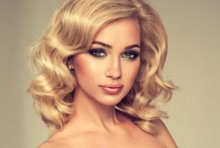 KAKO SE PRAVE TALASI? – glamurozna i opuštena frizura
