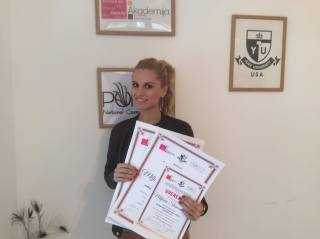 Miljana Stamenković, akademski kurs nadogradnje noktiju sa nail artom