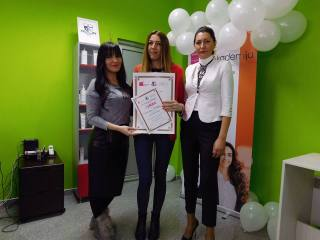 Valentina Miletić, akademski kurs profesionalnog šminkanja