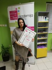 Marija Radisavljević Dimitrijević, kurs profesionalnog šminkanja