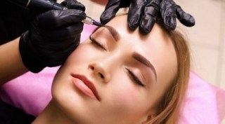 Da li se odlučiti za klasičnu trajnu šminku obrva, japansko iscrtavanje ili puder obrve?