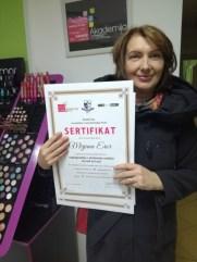 Mirjana Eror, kurs nadogradnje noktiju sa nail art-om