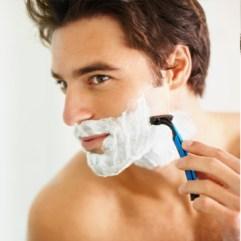 Nega za muškarce: brijanje bez akni i uraslih dlaka
