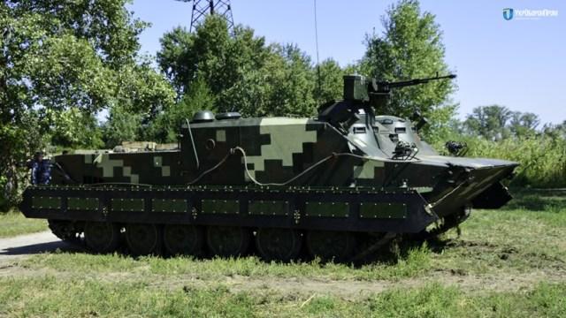Модернізований БТР 50 з українським двигуном ЗТД 2