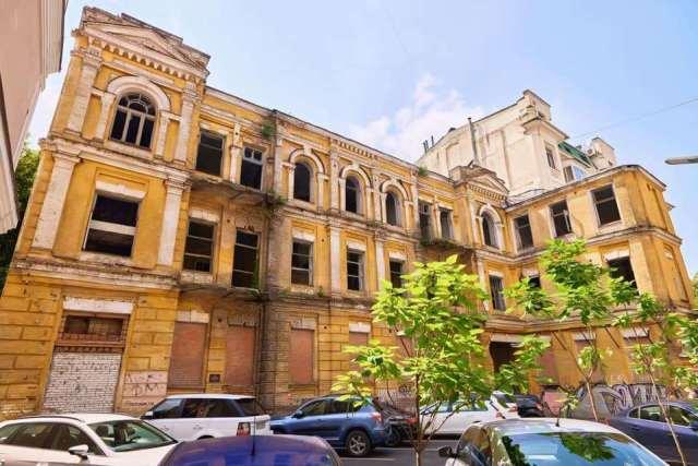 Будинок Сікорського переходить від Міноборони до громади Києва