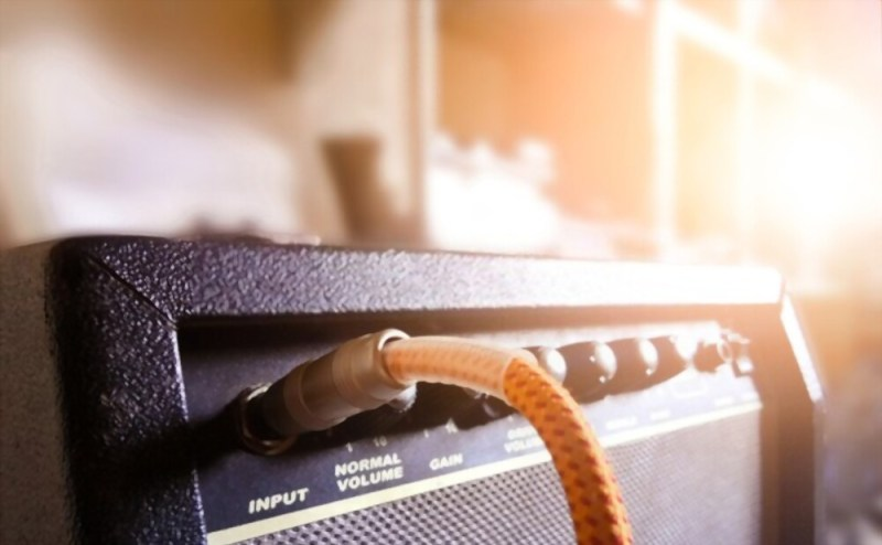 Why does Guitar Amp Buzz? - 6077e5be9b754