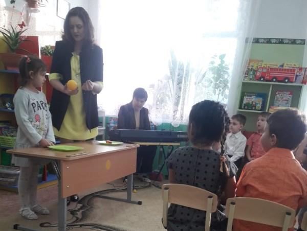 Будущие педагоги из знаменского филиала АГУ поработали с детсадовцами