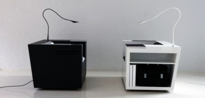 02_Modern-Beautiful-and-ergonomic-workstation-Four-works-Furniture-by-Four-Design