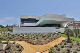 design-project-Balcony-House-A-Cero