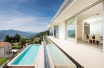 exterior-project-House-Lombardo