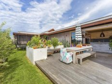 family-beach-house-with-skate-ramp-3-patio-angle-thumb-630x472-23408
