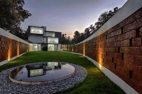 runningwallresidenceLIJO-RENY-Architects