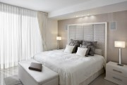 Neutral-colours-defining-bedroom