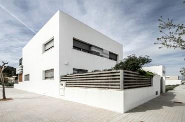V02-house-3